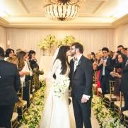 beijo-dos-noivos-Casamento-Marina-Elali